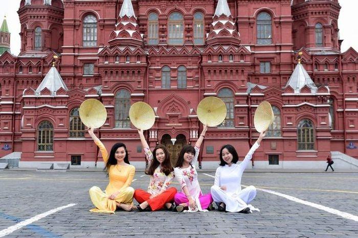 Cấp 1.000 học bổng cho công dân Việt Nam đi đào tạo tại Liên bang Nga