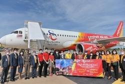 Vietjet Thái Lan khai trương đường bay Bangkok - Khon Kaen với màn biểu diễn ấn tượng trên tàu bay