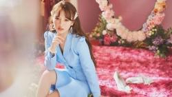 Điểm qua những thành tích đáng nể của nữ ca sĩ 10X Hà thành Amee