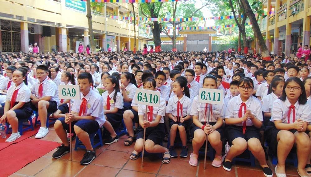 """12 giáo viên, học sinh Hà Nội được tặng danh hiệu """"Người tốt, việc tốt"""""""